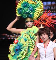 2012黑光彩妆造型学员作品秀图片